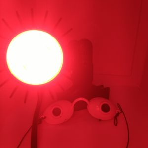 Rosy JulieBC - LED Red light therapy for rosacea